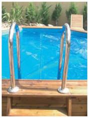 Comment mettre une bâche à bulles pour piscine ?