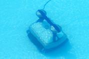 Robot piscine à énergie solaire