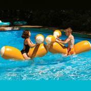 Les jeux aquatiques indispensables pour s'amuser dans votre piscine