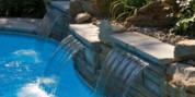 La cascade de piscine, un avantage qui fait la différence