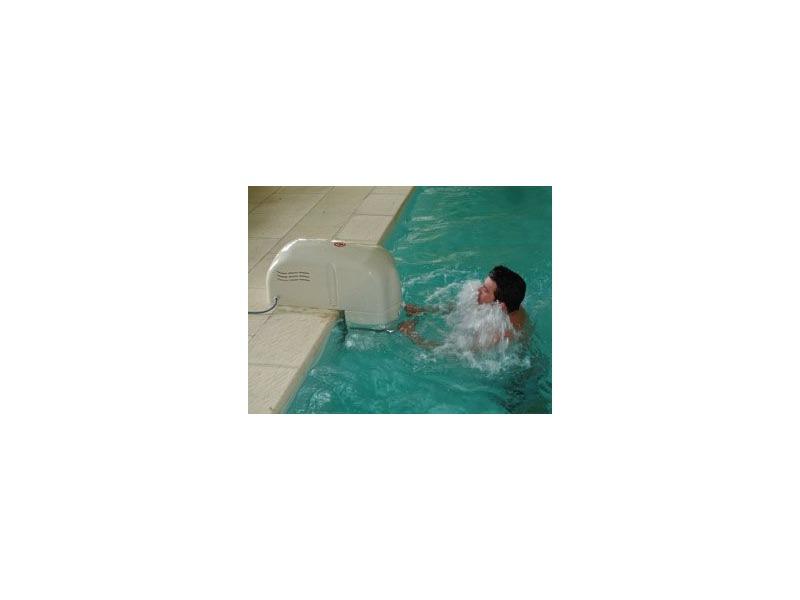 nage  u00e0 contre courant hors bord pour piscine