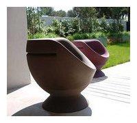 fauteuil d'extérieur en polyéthylène Boon's pour terrasse en situation
