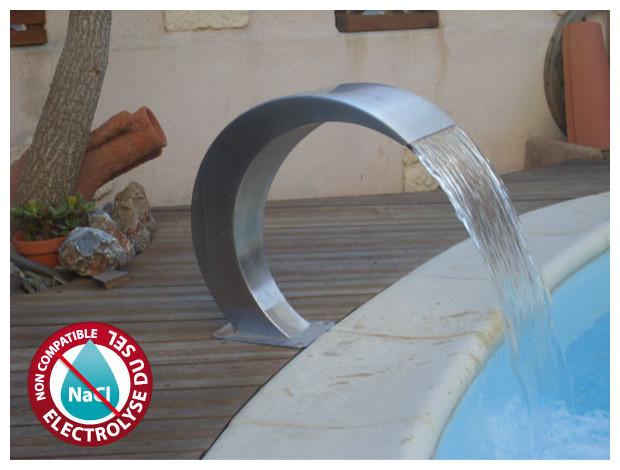 cascade pour piscine en inox piscine center net. Black Bedroom Furniture Sets. Home Design Ideas