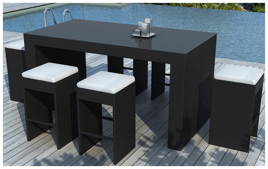 mange debout d 39 ext rieur design piscine center net. Black Bedroom Furniture Sets. Home Design Ideas