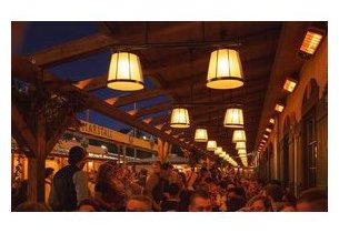 Chauffage extérieur infrarouge Spot en situation sur terrasse de restaurant