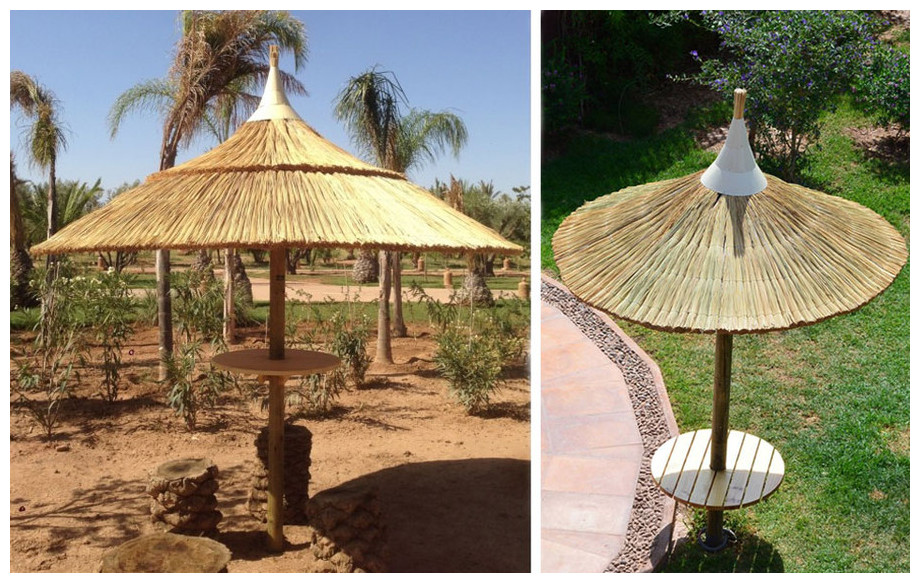 Parasol exotique en jonc naturel 2 m50 en situation