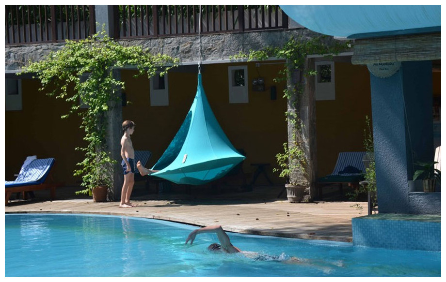 Tente de jardin cacoon suspendre mobilier de jardin for Tente pour piscine