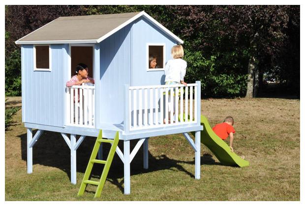 sixtine maisonnette en bois sur pilotis petit prix pour grande joie jardin. Black Bedroom Furniture Sets. Home Design Ideas