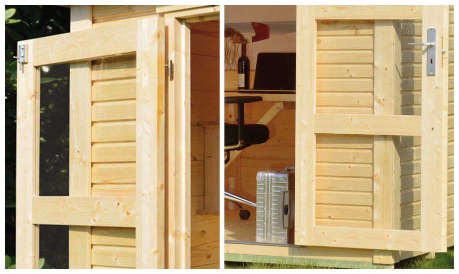 Détail de la double porte de l'abri  en bois de jardin Cherokee de Luoman en situation