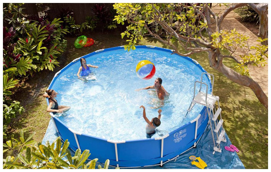 piscine metal frame ronde intex en situation