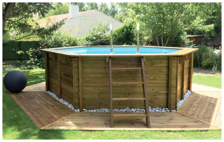 Woodfirst original piscine en bois hexagonale piscine for Piscine semi enterree bois hexagonale