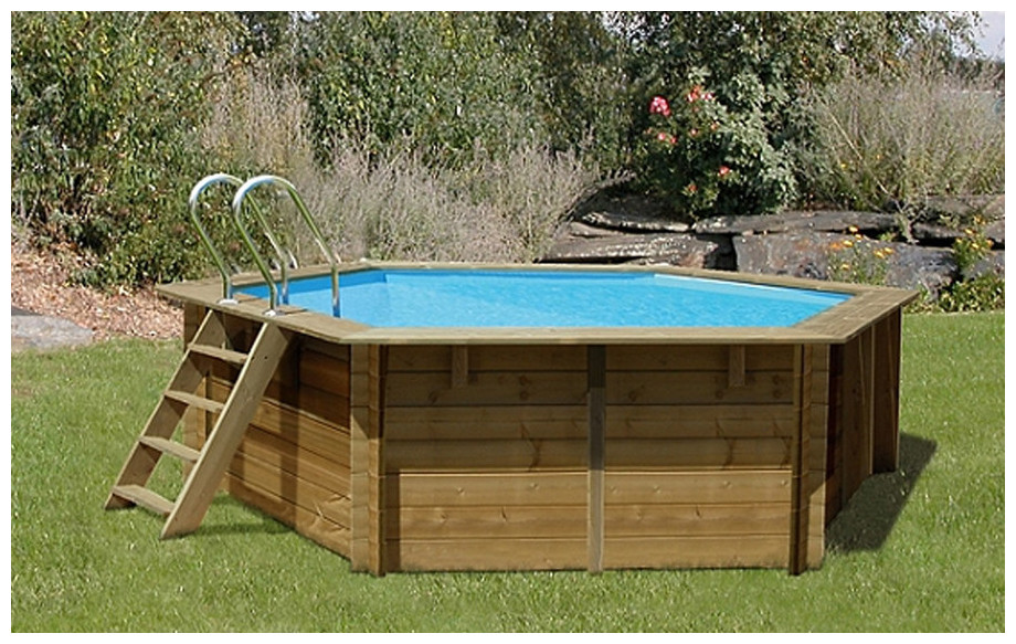 piscine bois hexagonale woodfirst original 412 x 119 cm en situation