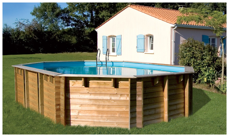 piscine bois octogonale allongée Woodfirst Original 436x336x120 en situation