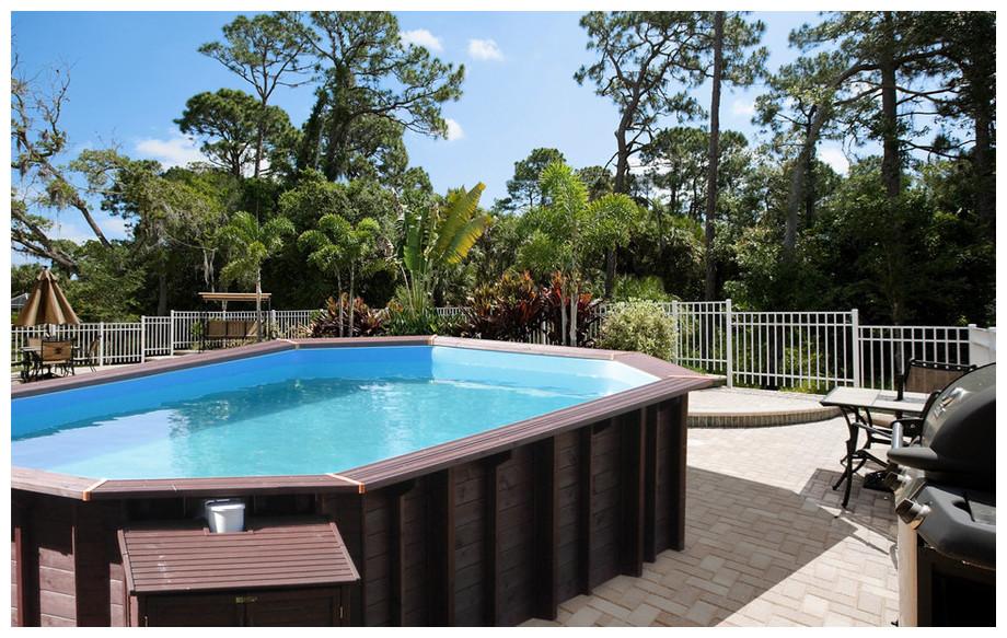 piscine bois octogonale allongée Woodfirst Original modèle