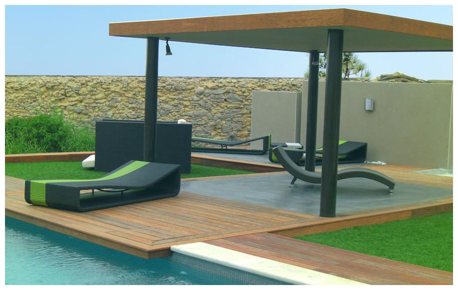beau bain de soleil en r sine v ritable lit de bain jardin. Black Bedroom Furniture Sets. Home Design Ideas