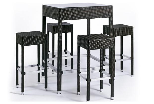 salon bar mange debout alto en r sine et en aluminium bross pour les reposes pieds jardin. Black Bedroom Furniture Sets. Home Design Ideas