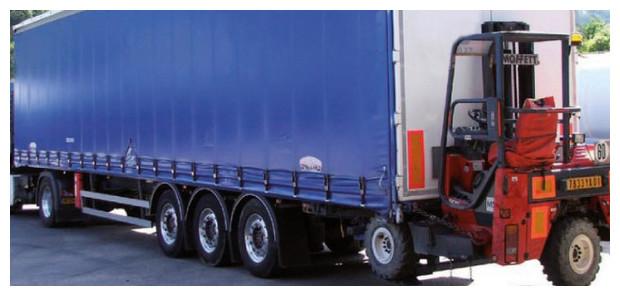 Volet roulant OCover - transport par camion et chariot embarque
