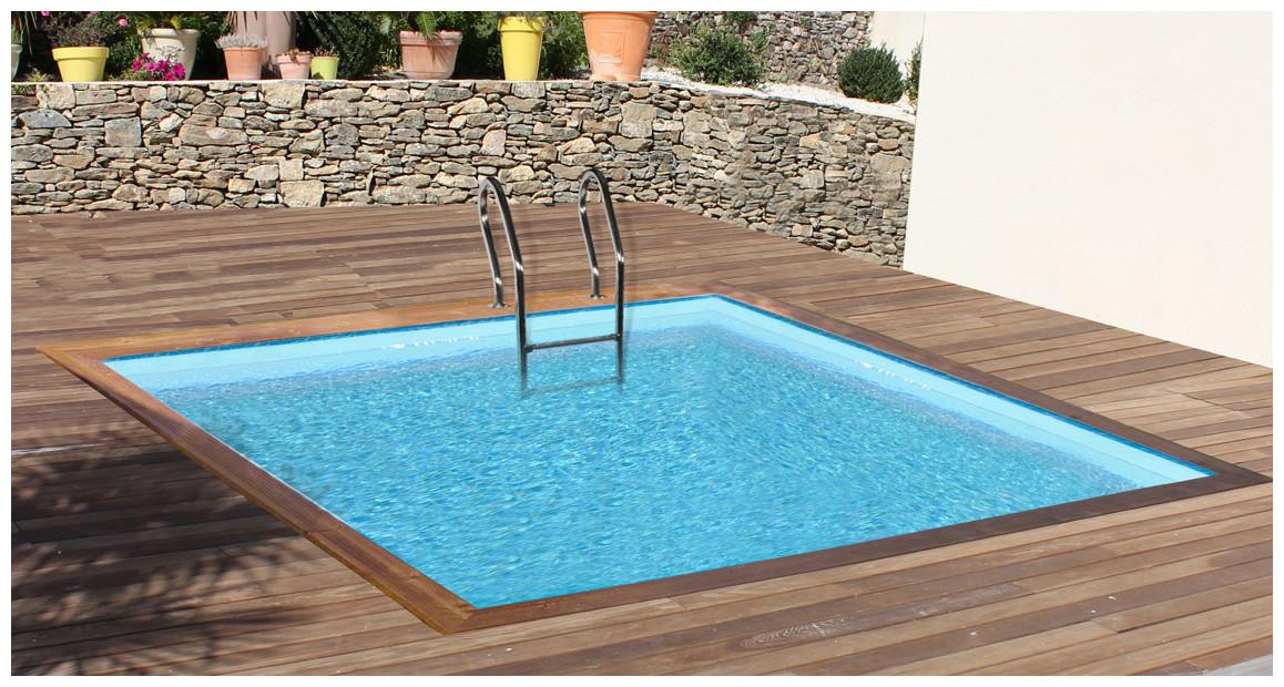 piscine bois carrée woodfirst original détails