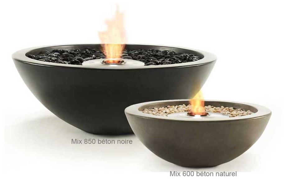 cheminée d'extérieur au bioéthanol Mix 600 et 800 en situation