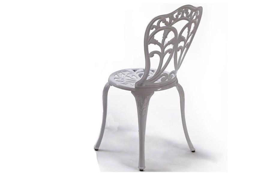 chaise Romance en aluminium laqué blanc