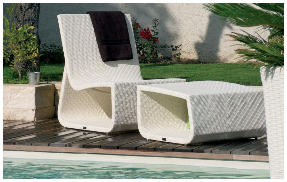 fauteuil de jardin en résine blanche summetime chair en situation