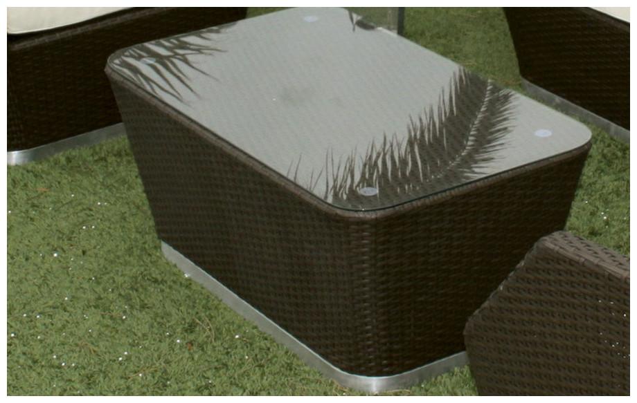 table du salon de jardin en résine club