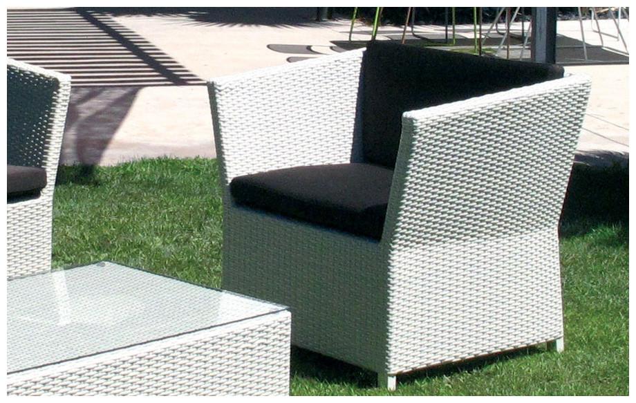 fauteuil du salon de jardin prahia