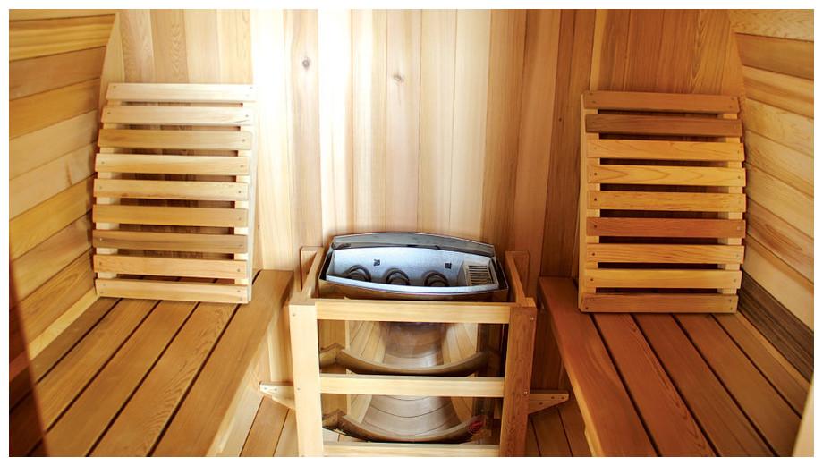 Sauna traditionnel extérieur en Red Cedar - vue intérieure