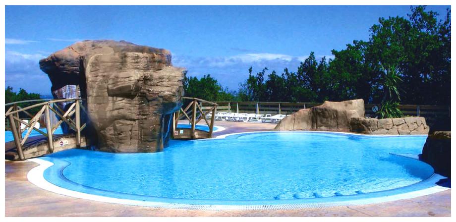 Filtre à sable Lumiplus Side pour piscines jusqu'à 240 m³ - image ambiance
