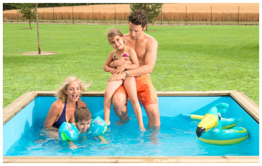 Piscine pistoche hors sol en bois pour enfant piscine for Piscine en bois pour enfant