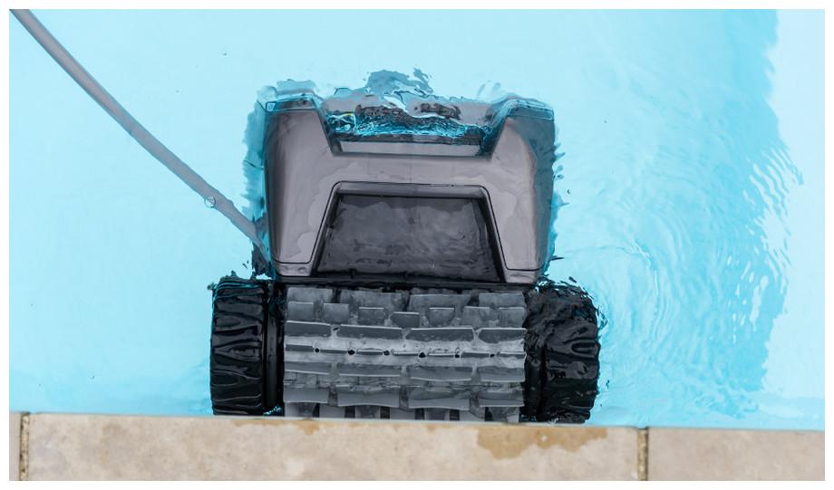 Robot de piscine TornaX OT3200 par Zodiac - nettoyage fond et parois - bassins jusqu'a 10 x 5 m