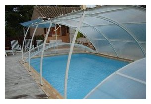 abri piscine amovible poser sur terrasse piscine center net. Black Bedroom Furniture Sets. Home Design Ideas