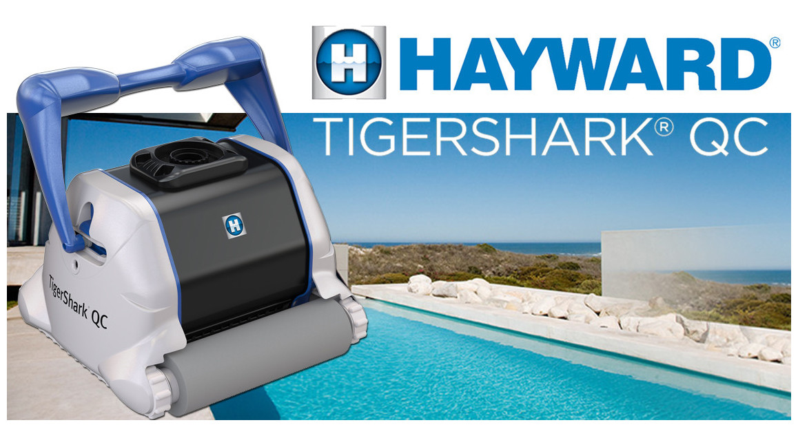 robot piscine Tiger Shark New QC brosse mousse Hayward en situation