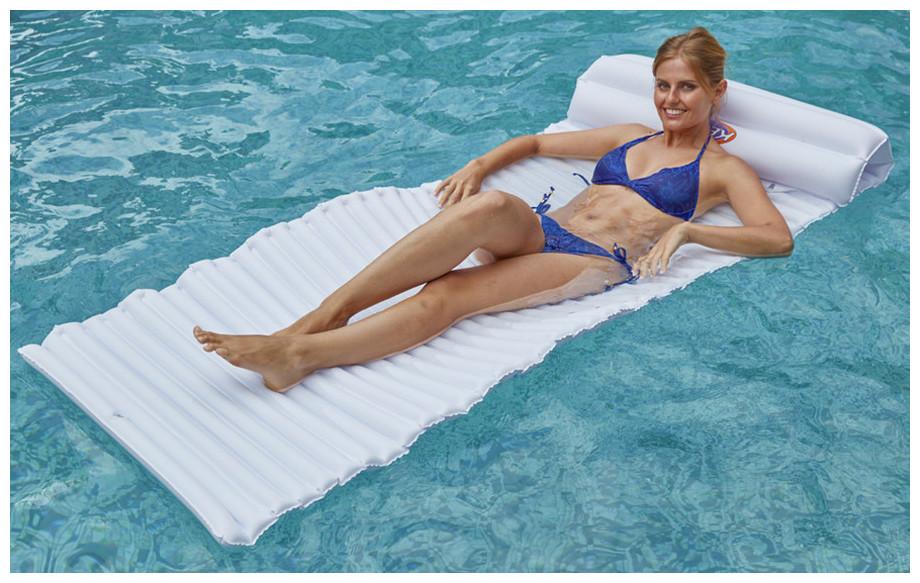 matelas design gonflable Kerlis pour piscine