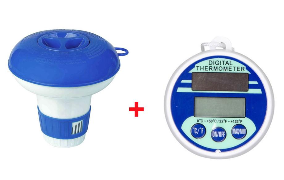 diffuseur chlore et thermomètre digital de piscine en situation