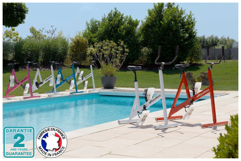 V lo piscine aquabike aquaness v1 made in france piscine for Piscine center