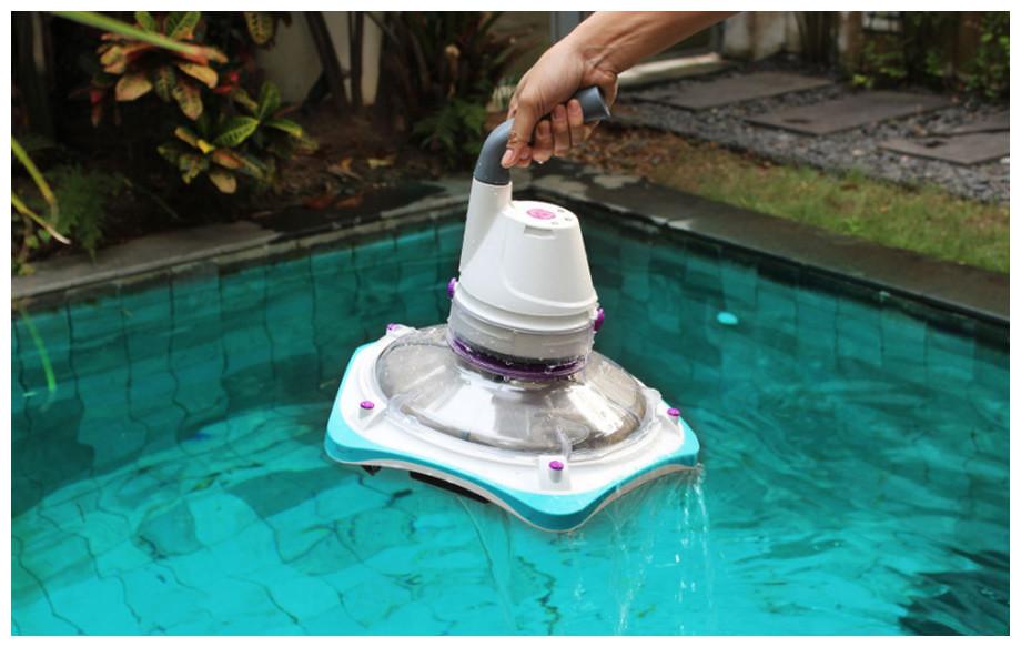 robot électrique de piscine telsa 80 en situation