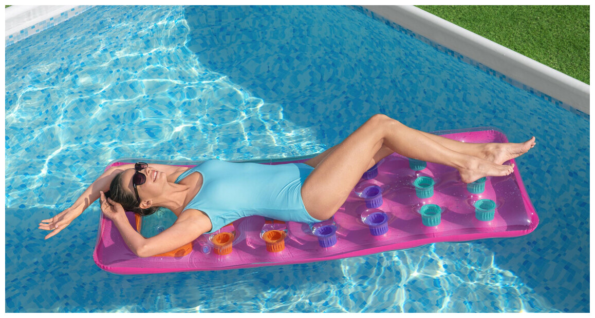 piscine hors sol tubulaire power steel rectangle en situation