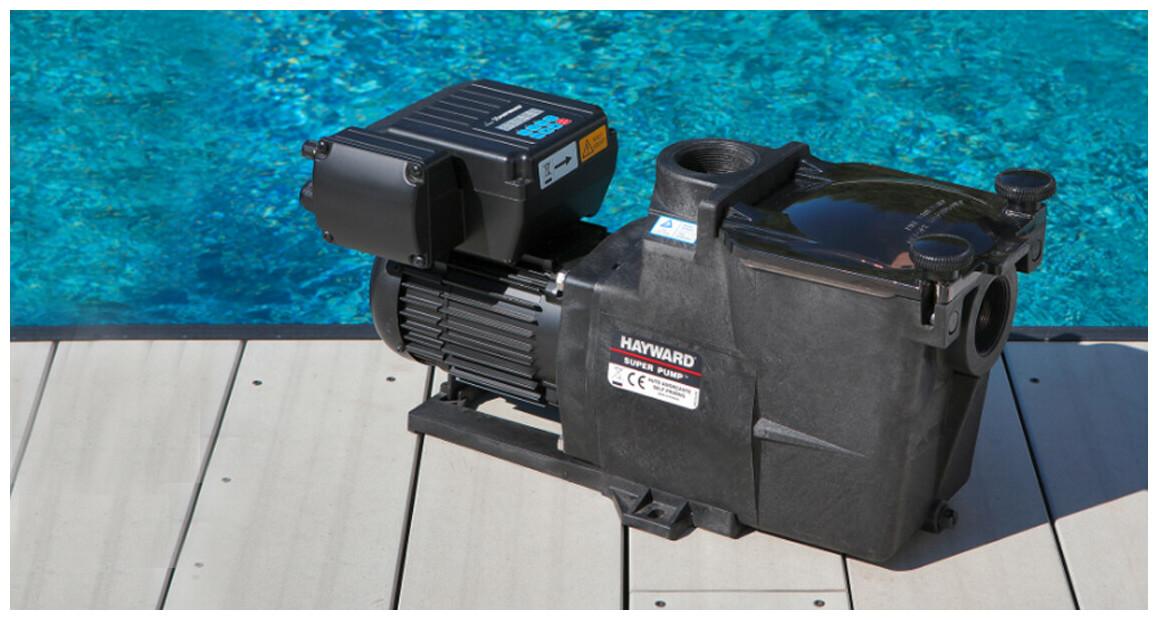 pompe de filtration Super Pump® VSTD Hayward en situation