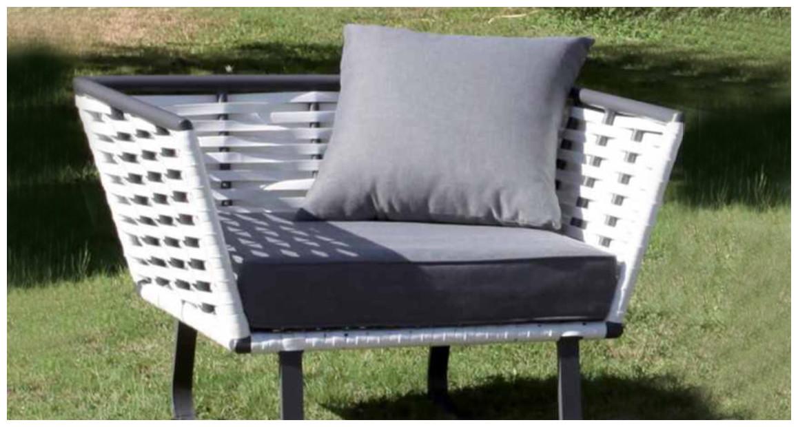 fauteuil d'extérieur en résine tressée blanche horizon par hémisphère