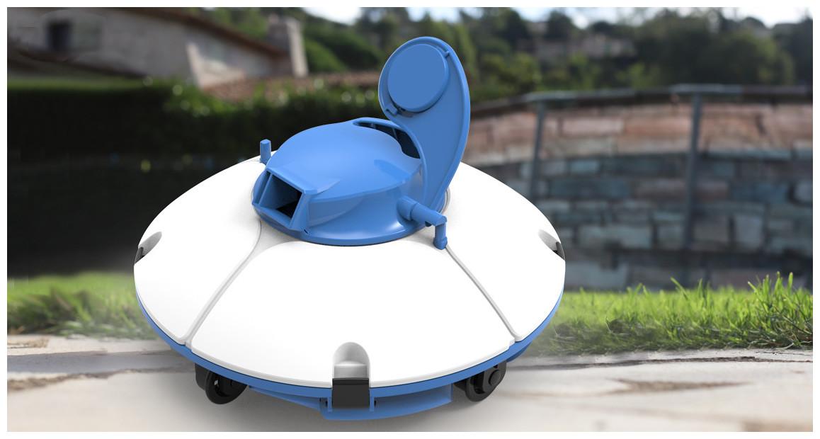 robot piscine freesbee bleu par bestway en situation