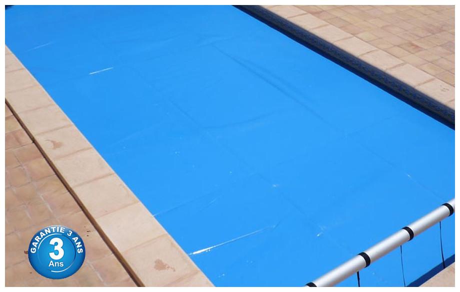 bâche isotherme en mousse pour piscine