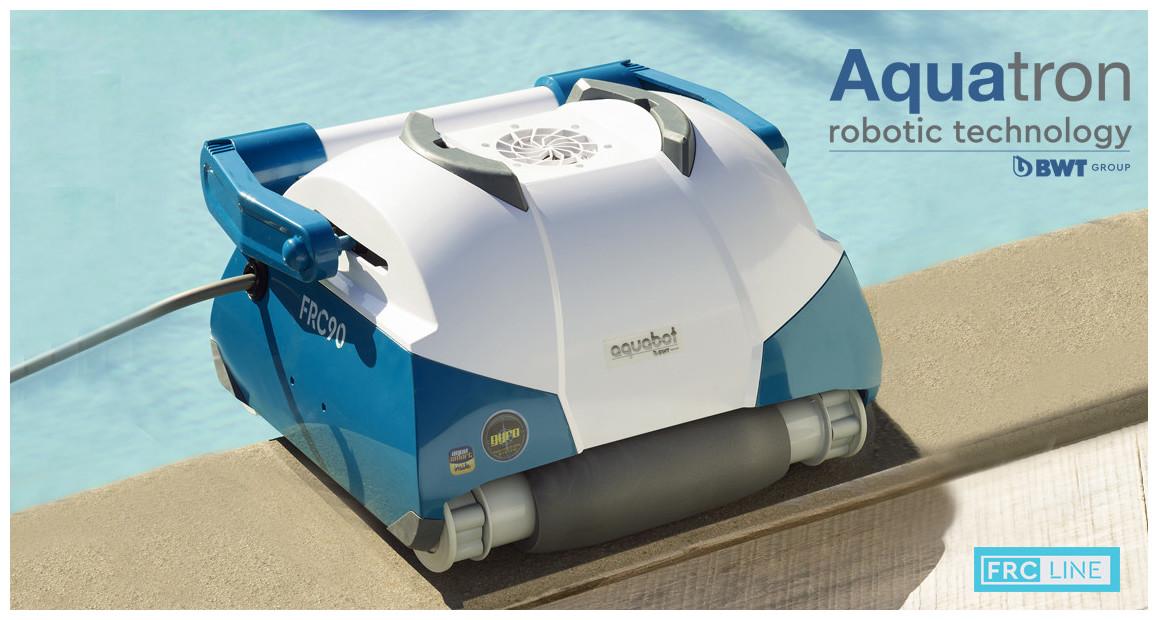 robot nettoyeur de piscine frc90 bwt aquatron en situation