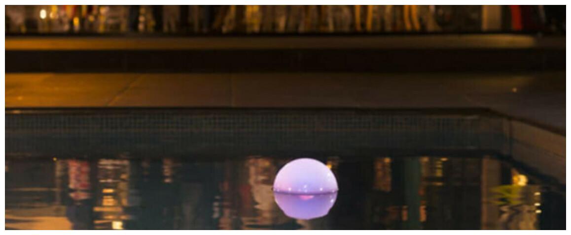 OFI Light analyseur connecté de piscine éclairée