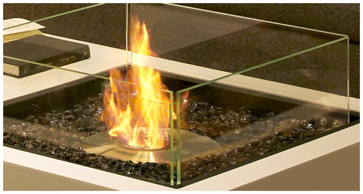 flamme stable et harmonieue de la cheminée extérieure au bio éthanol ecosmart fire cosmo50