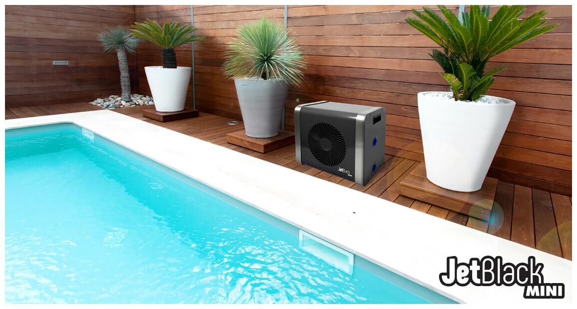 pompe à chaleur pour piscine jetblack mini en situation