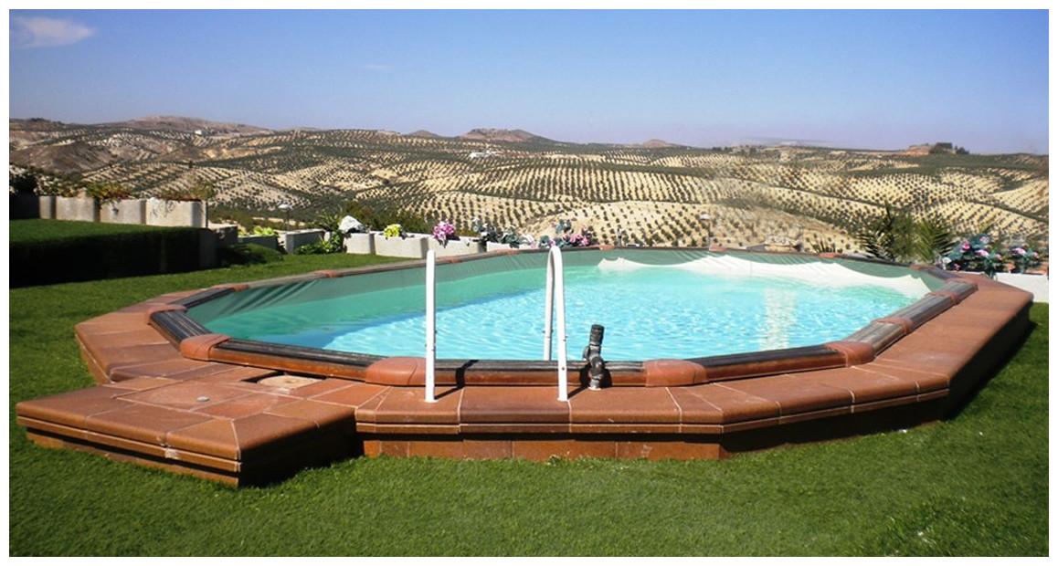 piscine hors sol en acier aspect bois par gré en situation