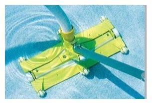 Accessoires piscine pour un nettoyage manuel sur mesure for Nettoyage piscine balai manuel