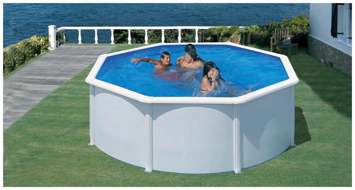 piscine hors sol gré en acier blanc fidji en situation