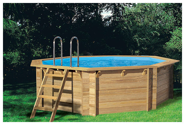 Woodfirst piscine en bois en kit piscine center net for Dimension piscine semi enterree